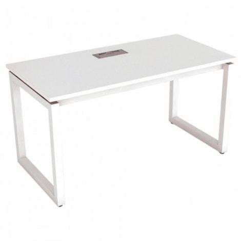 Người sinh năm Quý Hợi phù hợp với bàn làm việc màu trắng