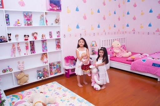 Phòng ngủ của hai cô công chúa nhà Quyền Linh
