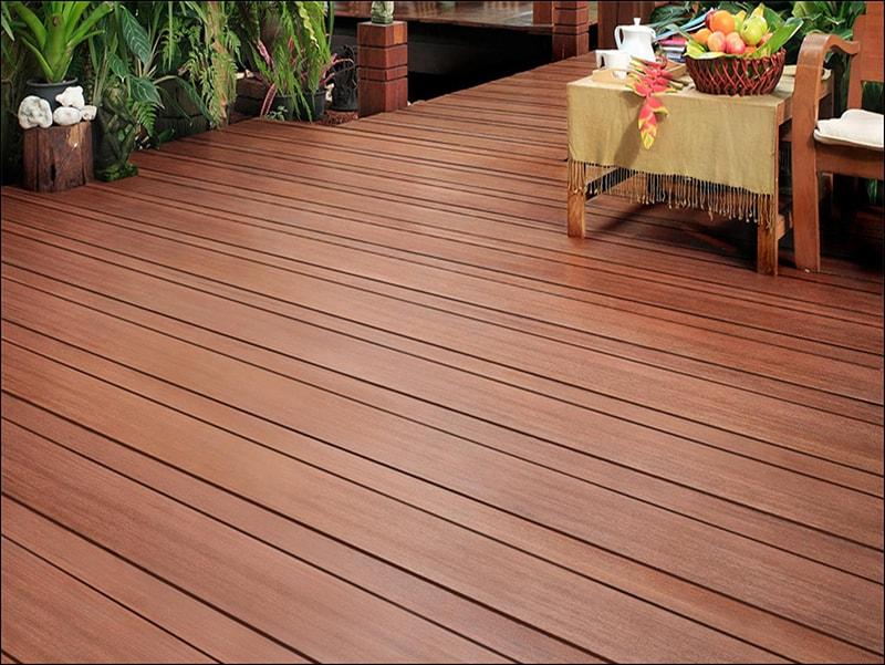 Đặc điểm của sàn gỗ tự nhiên ngoài trời